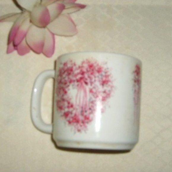 Beautiful Mug Pink Flowers Heart Design Vintage